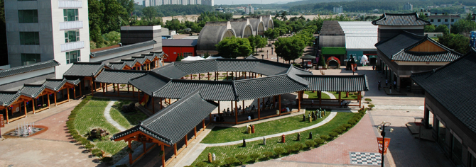 Yeoju Dojasesang, a place for ceramic livingware shopping and culture